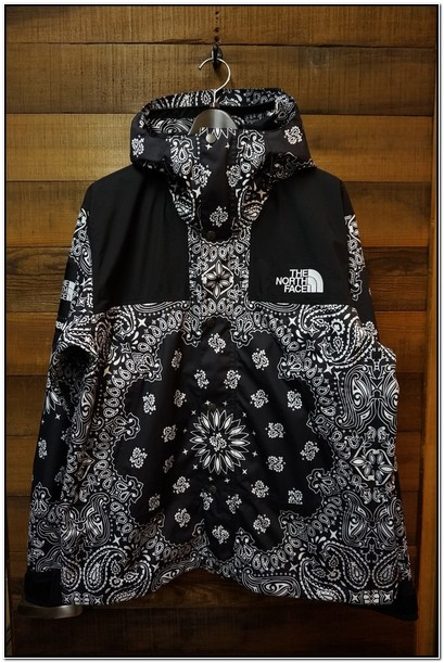 Supreme X North Face Bandana Jacket For Sale